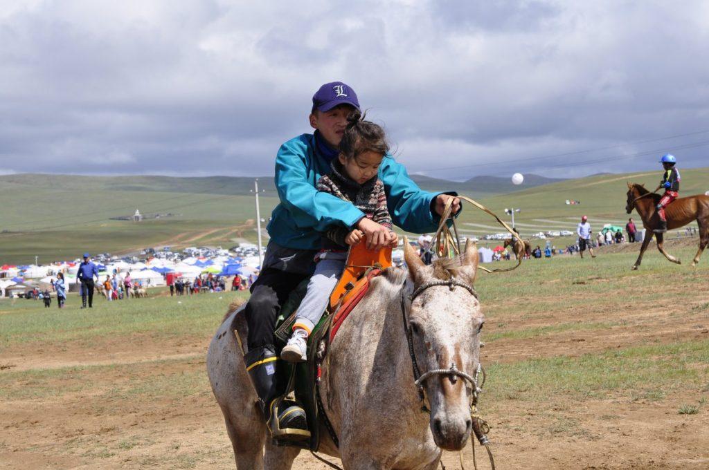 Zu den Nomaden der Westmongolei, Mongolei, 09.07. - 30.07.2016
